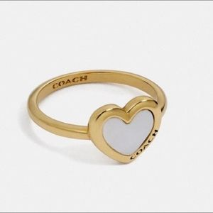 {Coach} White Pearl and Gold Heart Ring Size 7